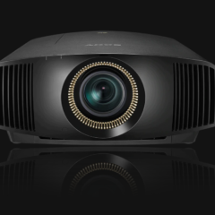 Nuovi videoproiettori Sony