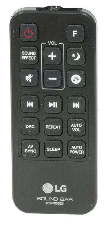 Il telecomando è piccolo e comodo da utilizzare. Include i tasti di controllo del volume e delle regolazioni audio e comprende pure i comandi di riproduzione per i player LG compatibili.