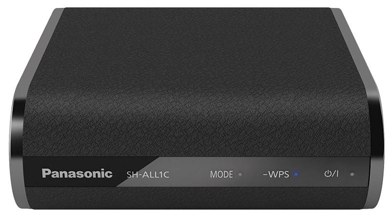Anche un impianto tradizionale può essere inserito nel network Panasonic utilizzando l'adattatore SH-ALL1. Grazie ad esso è possibile condividere in rete locale qualsiasi sorgente, analogica e digitale, grazie al DAC a 24 bit/192 kHz e agli ingressi di cui è dotato.