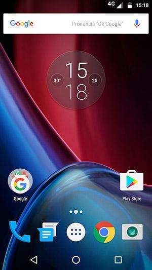 """Interfaccia utente """"Google Experience"""" per il Moto G4 Plus; le icone sembrano un po' grandi, con un diverso launcher, tipo """"Nova Launcher"""" si può personalizzare al meglio."""