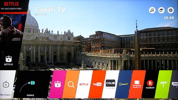 """Con il tasto Home si accede ad un """"launcher"""" che comprende la selezione delle sorgenti e delle funzioni Smart TV, per la quale LG ha utilizzato WebOS, il sistema operativo acquisito tempo fa da HP, adattato ai TV e giunto alla versione 3."""