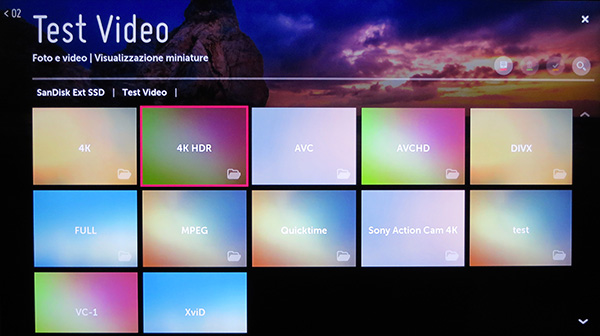 Molto intuitiva la navigazione nei contenuti di una memoria di massa collegata via USB.