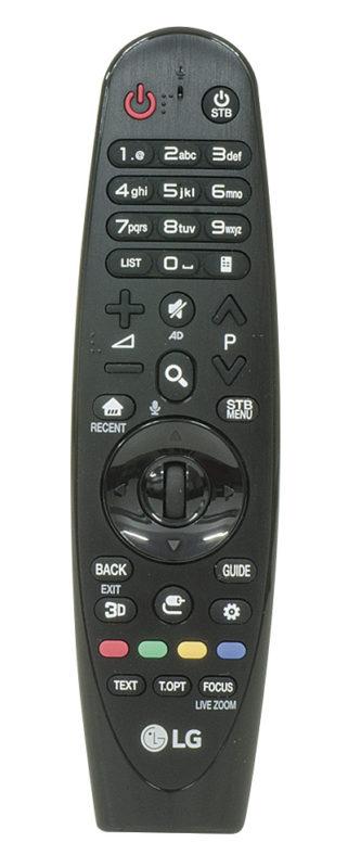 Il Magic Remote è molto più di un telecomando: si utilizza come un mouse e contiene pure un microfono utilizzabile per migliorare la risposta dell'audio del TV.