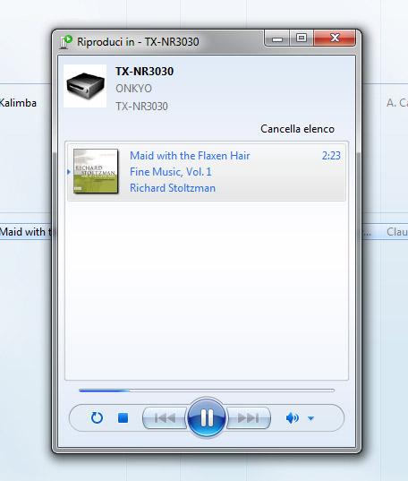 """Quando il sintoamplificatore è collegato in rete, da un PC Windows è possibile utilizzare la comoda funzione """"Riproduci in"""" per ascoltare in streaming i brani musicali raccolti nella libreria di Windows Media Player."""