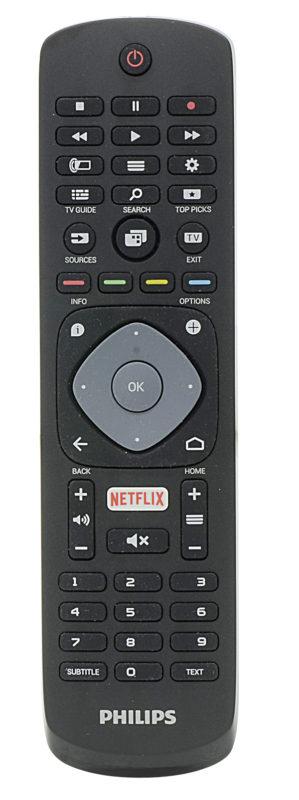 Il telecomando fornito col TV è semplificato ed ha un tasto per richiamare l'app Netflix. Manca il microfono per i comandi vocali e la tastiera utile per navigare col browser.