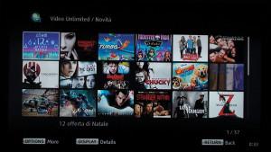 Ecco alcuni dei film che vengono proposti nella sezione Novità di Sony Entertainment Network. In basso sono riportati i tasti del telecomando che occorre premere per visualizzare sequenzialmente le altre 37 pagine della sezione, oppure per avere informazioni sul film selezionato o, infine, per tornare al menu precedente.